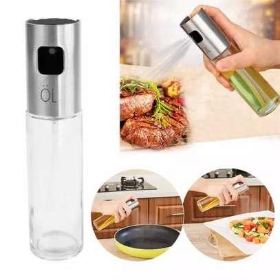 Oil and vinegar spray bottle image 1
