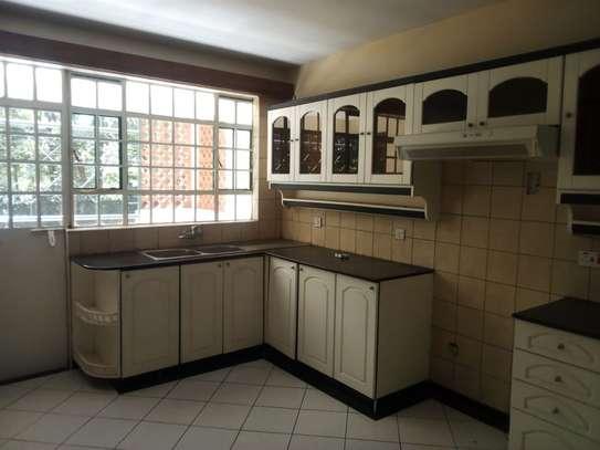 Lavington - Flat & Apartment image 5