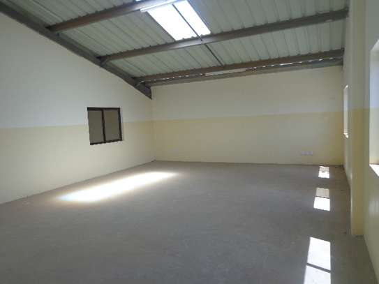 8000 ft² warehouse for rent in Athi River Area image 14