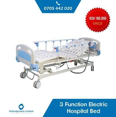 1 Crank Manual Hospital Bed  - single fold / function image 3