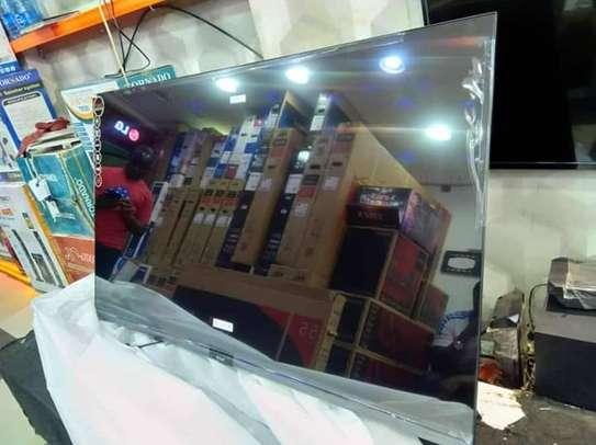 50 Nobel 4k uhd Android frameless tv image 1
