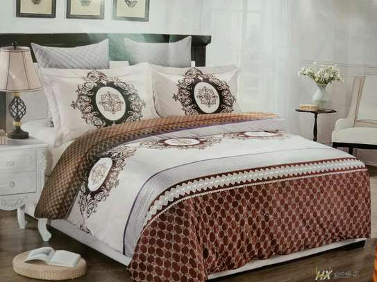 Woolen duvet with 1 bedsheet and two pillow cases image 3