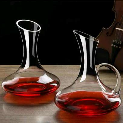 Wine decanter image 2
