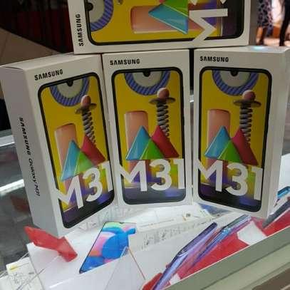Samsung M31 image 2