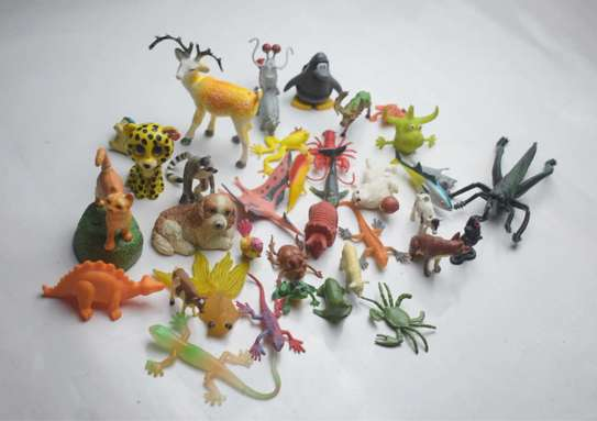 37 Pieces Animal Play Set image 3