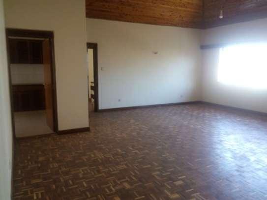 Elegant 3 Bedrooms Apartment To Let in Kilimani image 5
