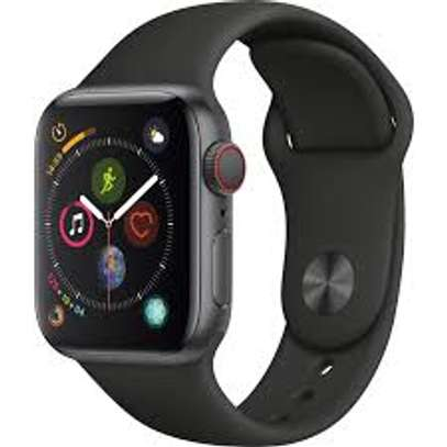 APPLE WATCH SERIES 4 44MM image 2