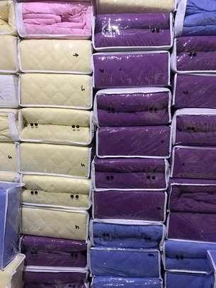 mattress protector image 8