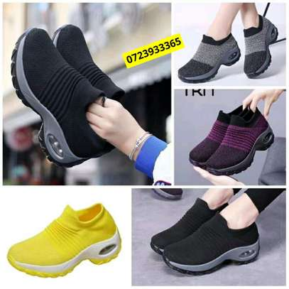 Latest shoe at affordable price image 5