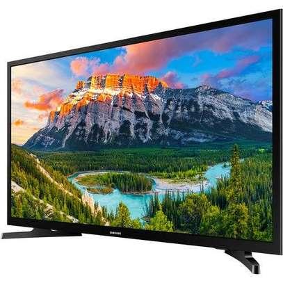 Samsung 32 inch smart TV image 1