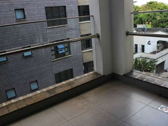 3 bedroom apartment for rent in Riverside image 3