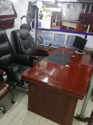 1.8 meter length Executive office desk image 5