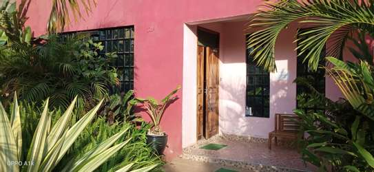 Accommodation available in ruiru BED AND BREAKFAST in kamakis area image 3