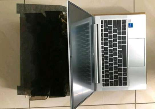 Hp probook 430 g8 corei7 image 3