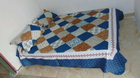 7 by 8 Bedcovers..4 pieces image 2