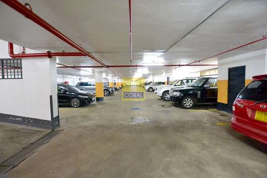 3670 ft² office for rent in Westlands Area image 20