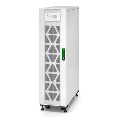 APC Easy UPS 3S 20 kVA 400 V 3:3 UPS with internal batteries - 15 minutes runtime image 1