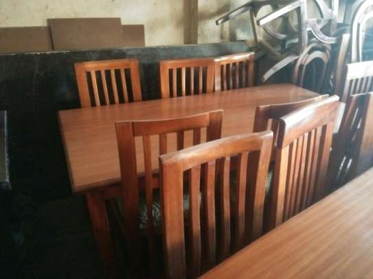 Readily available 8-seater dining table