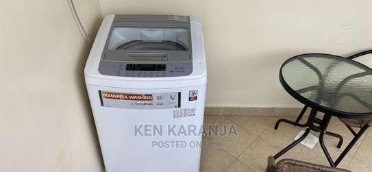 LG 11kg Washing Machine image 1