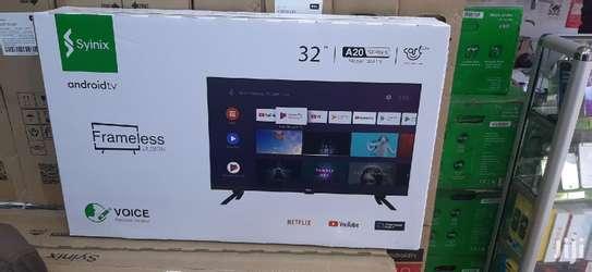 Syinix 32 inch smart Android frameless TV image 1
