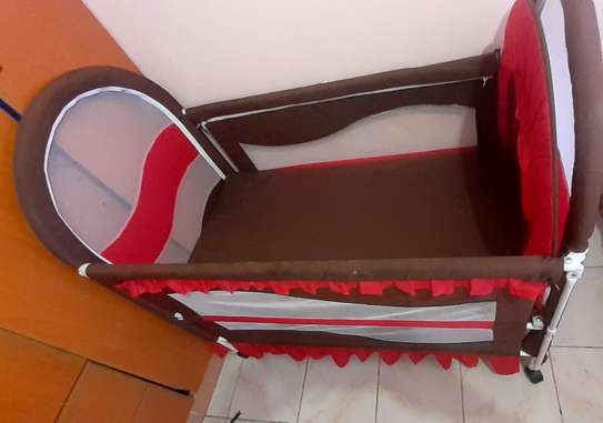 Baby cot - As good as new image 3