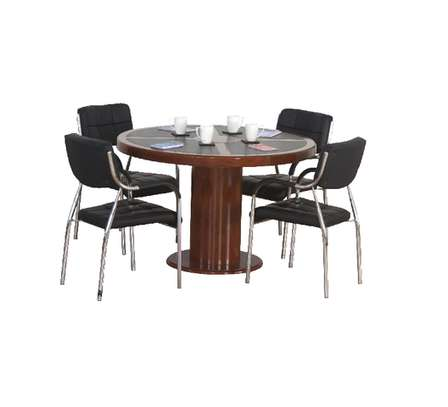 Treffen – Conference Table. image 2