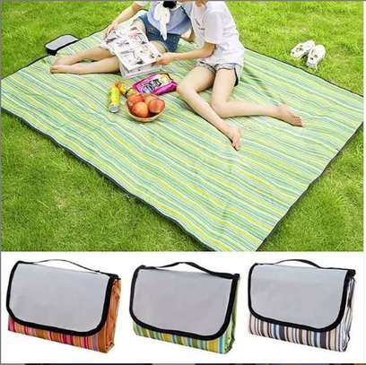 Foldable outdoor picnic mat image 1