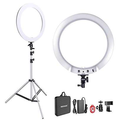 Generic DIMMABLE 18 INCH RINGLIGHT, 3 PHONE HOLDERS image 1