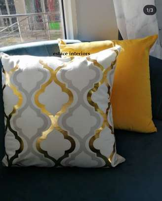 Affordable Throw pillows image 1