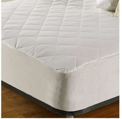 water proof mattress protector 4 by 6 image 1