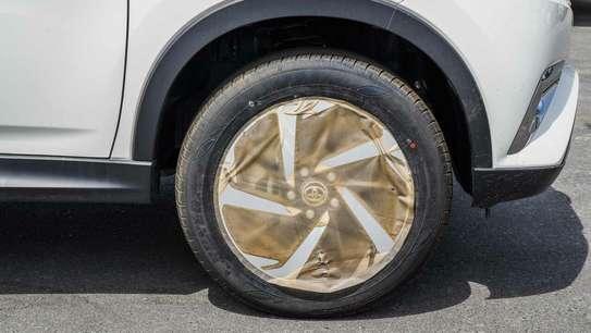 Toyota Rush image 14