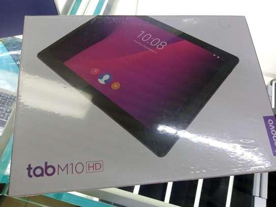 Lenovo Tab M10 (HD) image 2