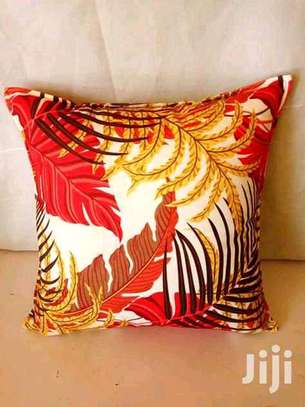 Beautiful Quality Fiber Filled Throw Pillows