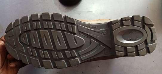 Yamato Middle Cut Safety Boot image 2