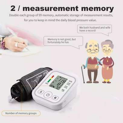 Portable Blood Pressure Monitor Household Sphygmomanometer Arm Band Type Digital Electronic Mini Blood Pressure Meter Tonometer image 4