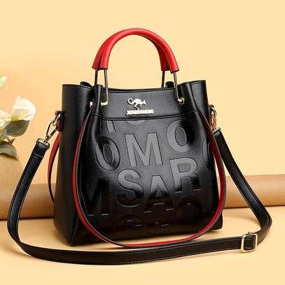 Black-red Single Handbags image 1