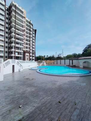 4 bedroom apartment for sale in Nyali Area image 4