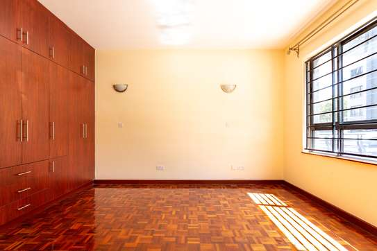 3 bedroom apartment for rent in Kilimani image 20