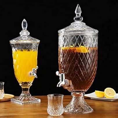 Multi-purpose drink dispenser Material heavy glass  Capacity 3ltrs image 3