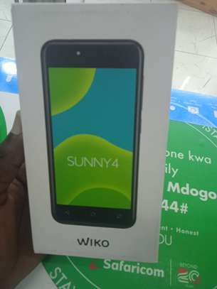wiko sunny 4 16gb and 1gb ram -made in France image 2