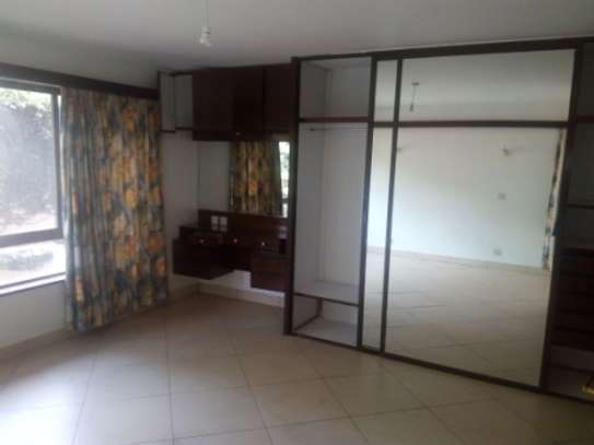 1 Bedroom Apartment To Let in Westlands image 7
