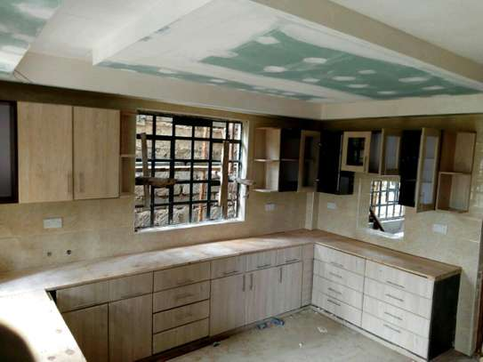 Kitchen Cabinets and Worktops image 2