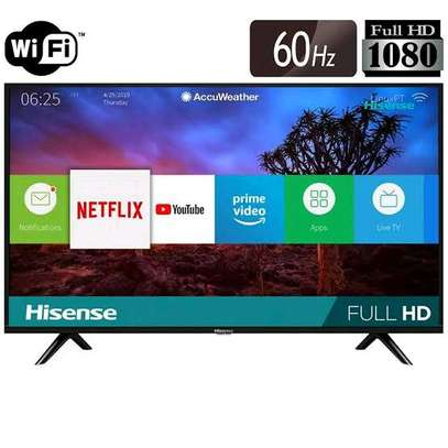 Hisense 40 inches smart  TV plus free wall bracket special offer