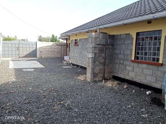 2 bedroom house for rent in Kitengela image 8