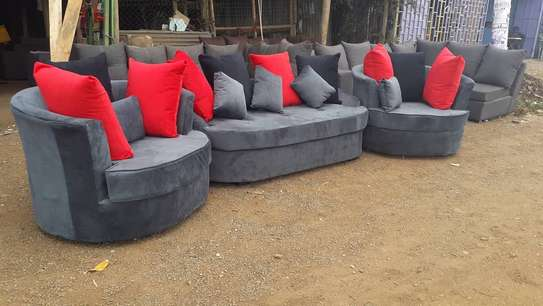 5seater curved image 1
