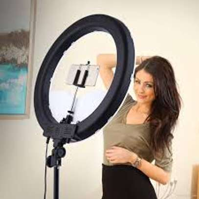 12 inch Ring light and stand image 1