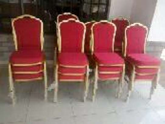 Banquet chairs image 1