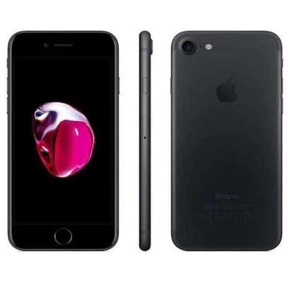 Refurbished iPhone 7 128GB image 1