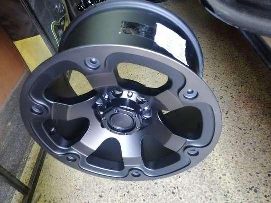 Size 17 Toyota Hilux rims image 1