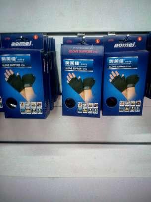 Sports Gloves image 2